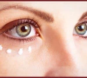Уход за кожей вокруг глаз: действительно ли нужен ли отдельный крем для век?
